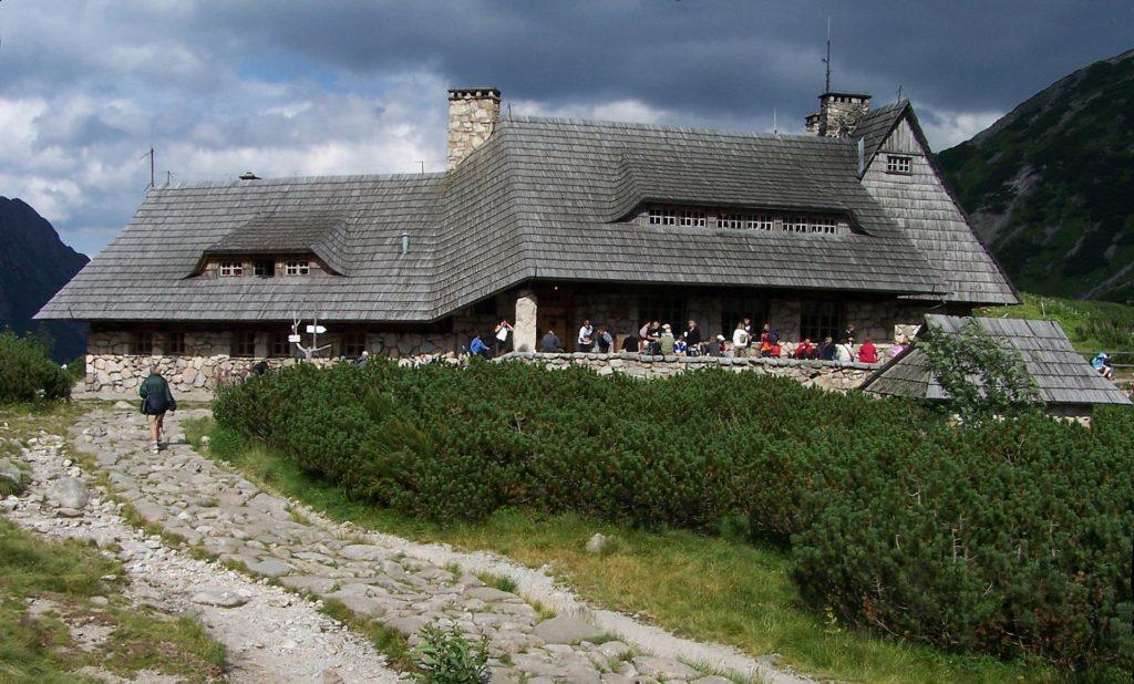 Schronisko PTTK w Dolinie Pięciu Stawów Polskich