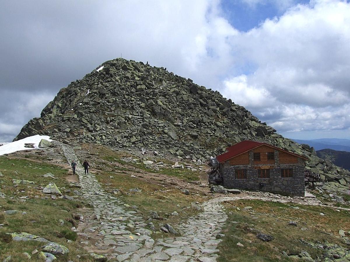 Schronisko Kamenna Chata i widok na Chopok
