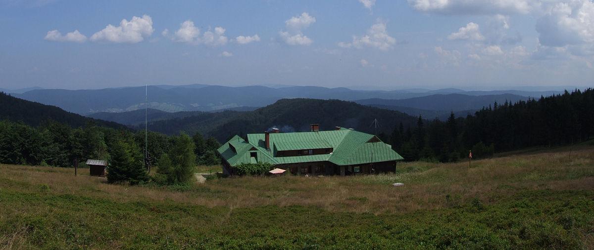 Schronisko PTTK na Hali Łabowskiej - panorama