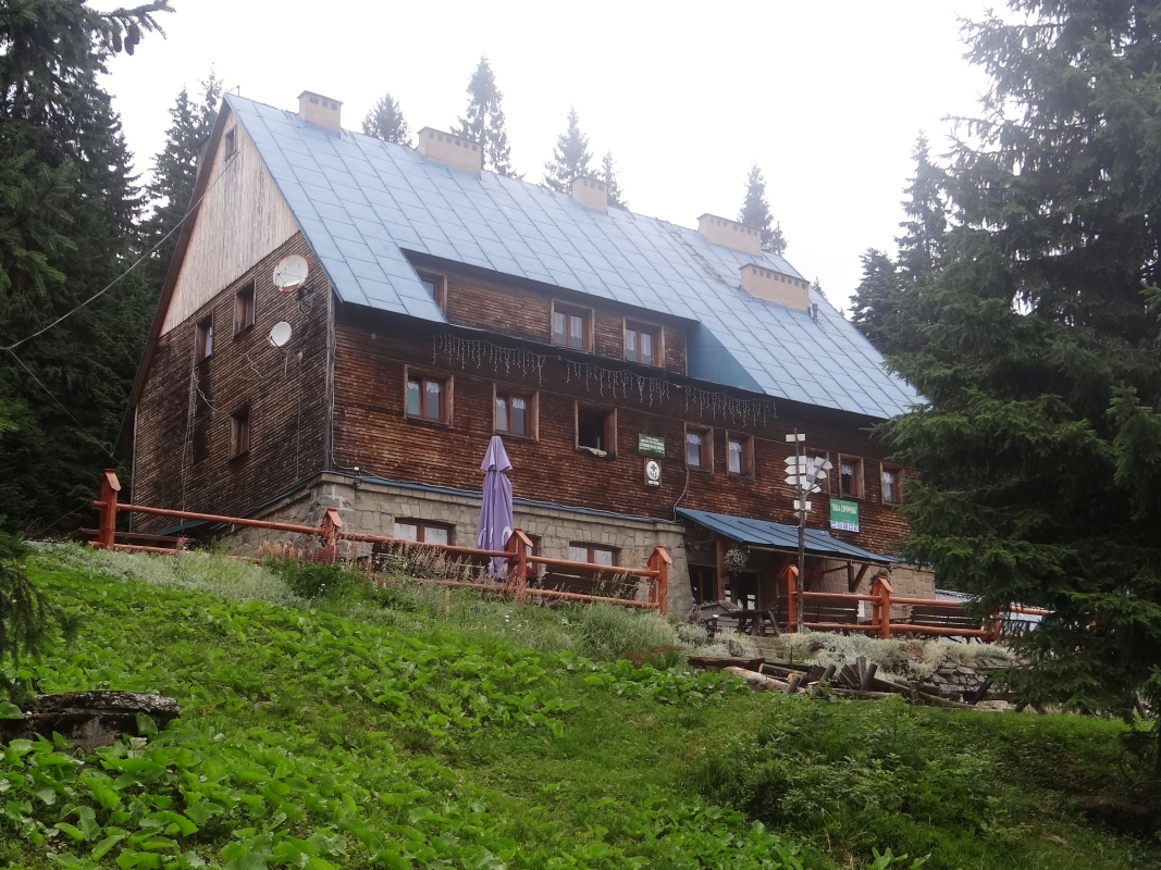 Schronisko PTTK na Hali Lipowskiej